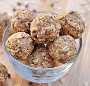 Peanut Butter & Oatmeal Energy Bites